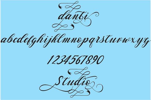 Waterbug Script Font