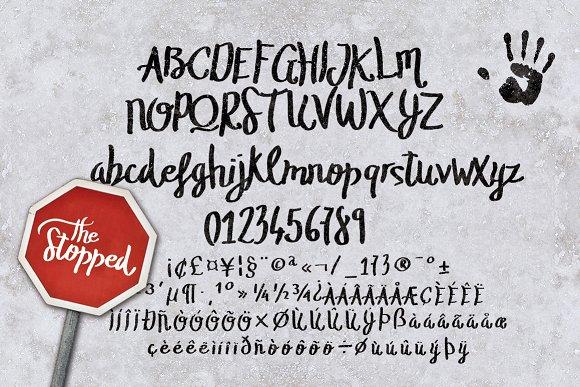 The Stopped Brush Typeface