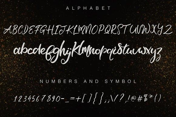 Malifisenta Script Font