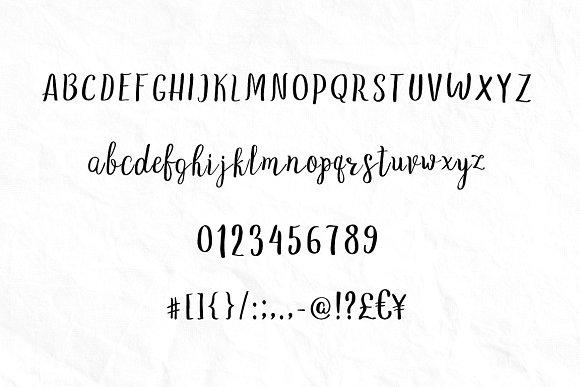 LoveStory - gentle script font