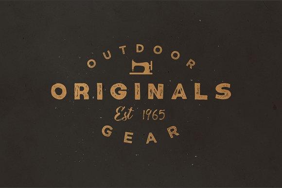 Number9 - Handdrawn Vintage Font