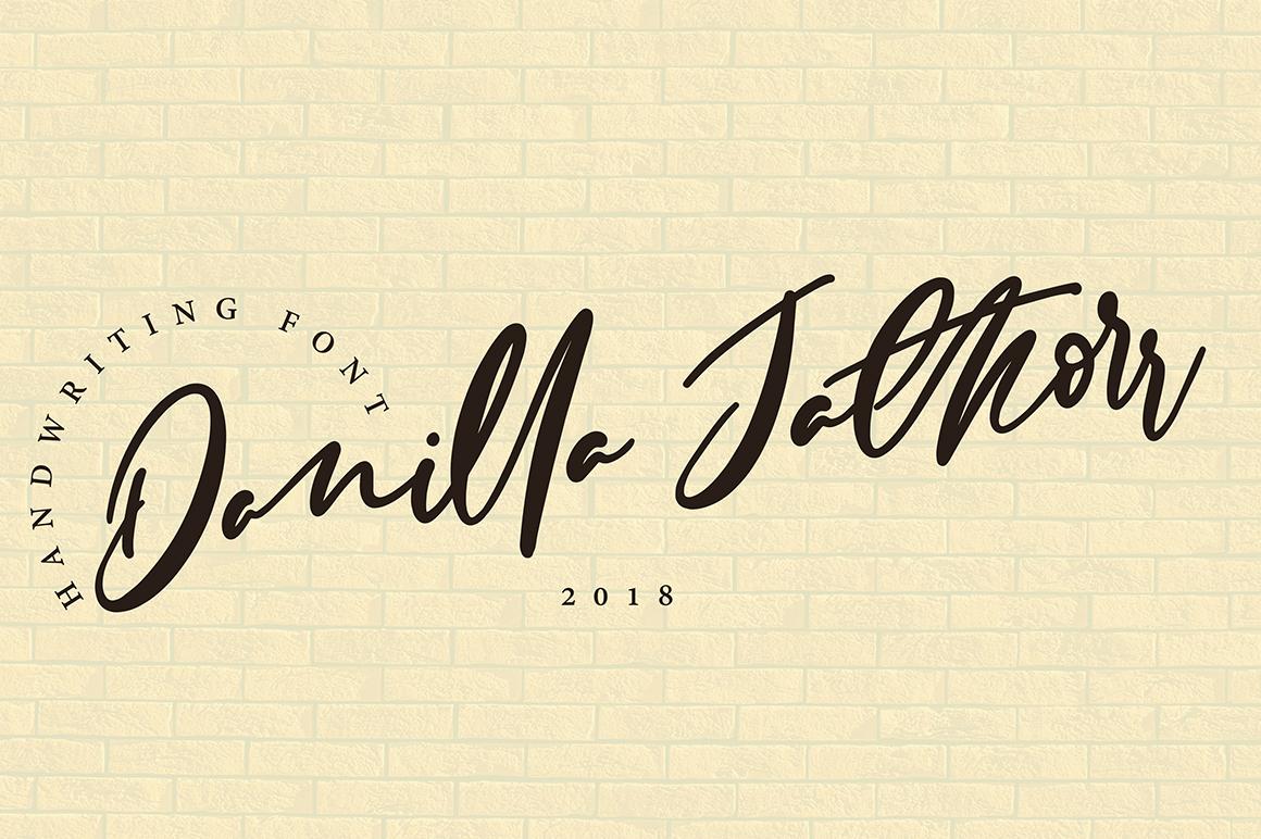 Danilla Jathorr Script Font