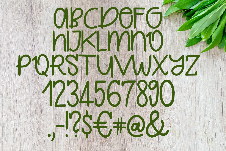 Quirkle - A Hand-Written Quirky FontRegular Font