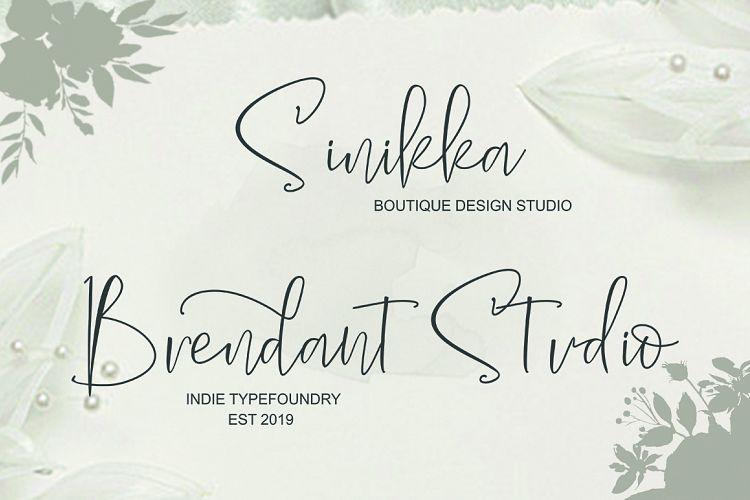 The Solmate Signature Script Font