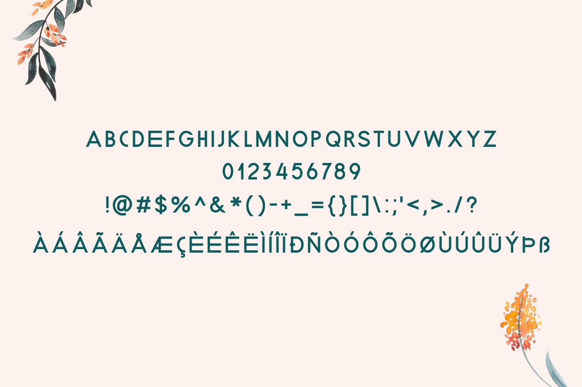 Beecdor Regular Font