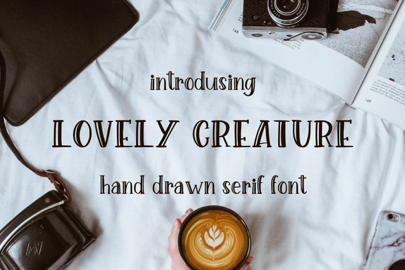 Lovely Creature. Cute Serif Font.